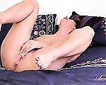 Lux Moms